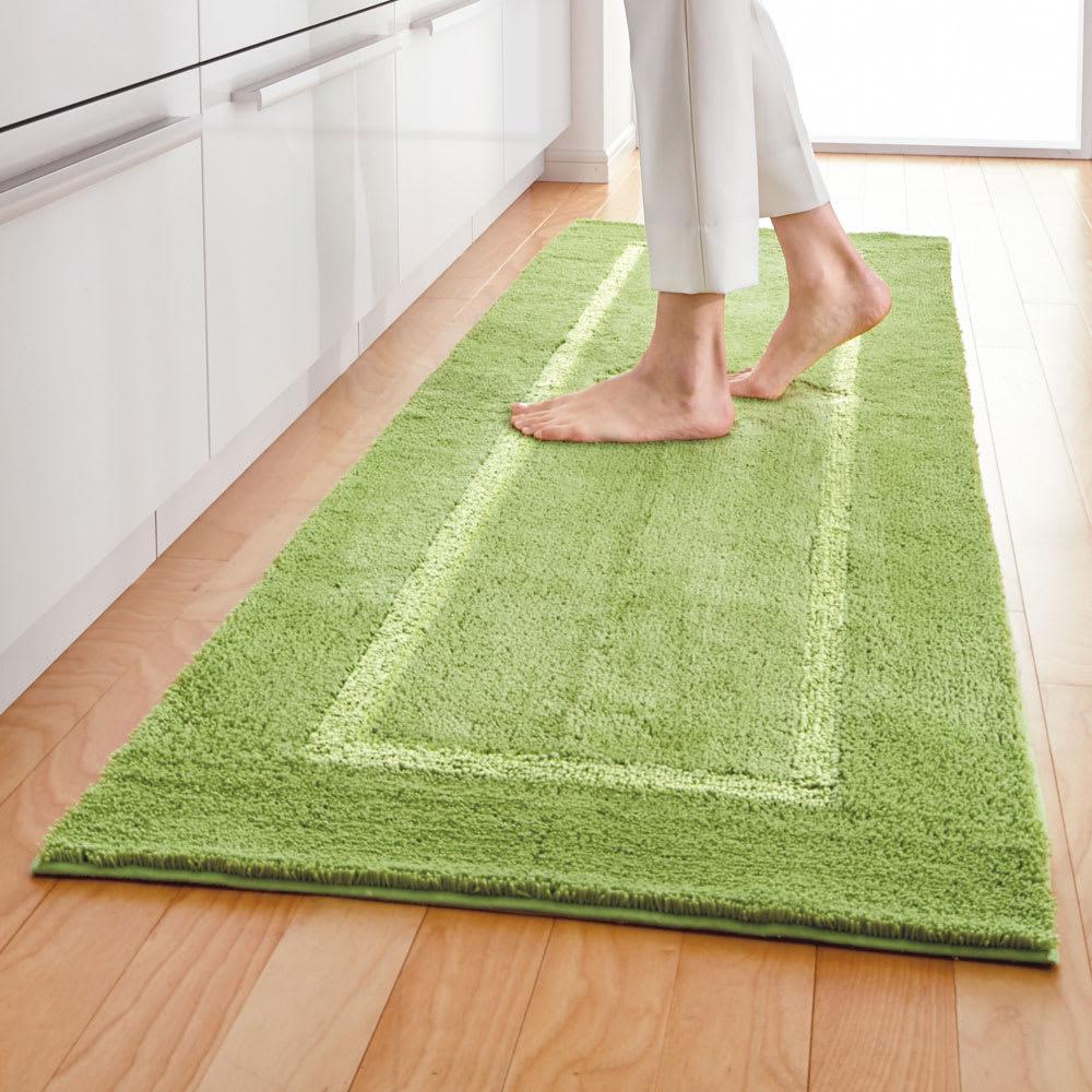 「乾度良好(R)」キッチンマット (ウ)グリーン 洗い物が多いキッチンこそ「乾度良好(R)」が大活躍。 幅約60cm