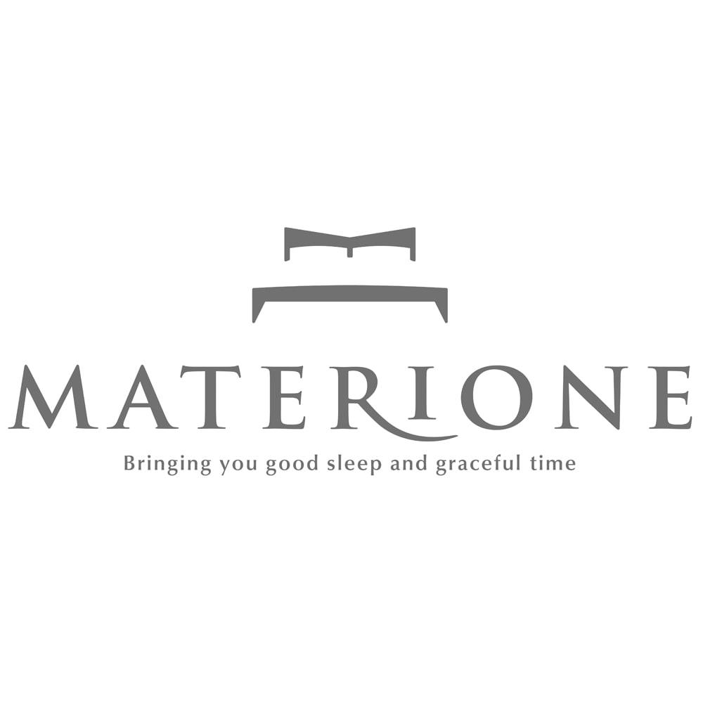 マテリオーネ サテン織りピローケース 普通判 マテリオーネの意味は、「マテリアル(Material)」と「ワン(One)」を組み合わせたもの。カシミヤ、コットンなど、こだわりぬいた素材で仕上げる寝具のブランドです。