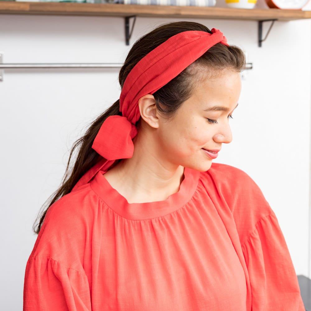 【TOUCH & FEEL (R) MATA 】 タッチ&フィール マータ 3WAY割烹着リラックスローブ(やわらかコットンレーヨンタイプ) 共生地のベルトはヘアバンドしてもアレンジできます。