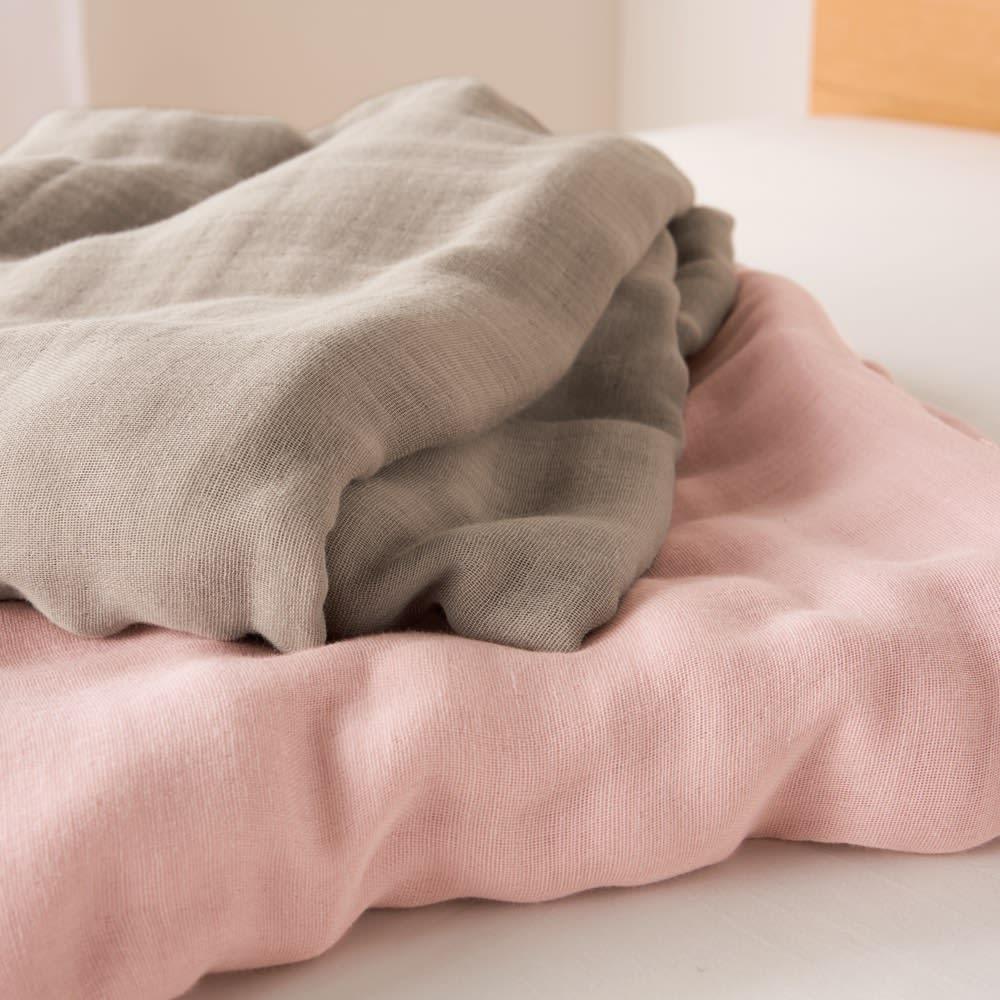 発熱するコットン「デオモイス」寝具シリーズ 三重ガーゼ掛けカバー シングルロング 上から(ア)グレージュ (イ)オールドローズ
