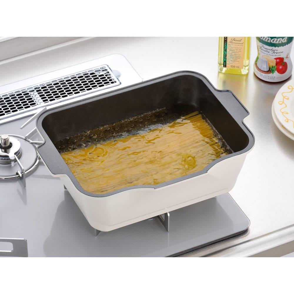 よこ茹でパスタ 鍋
