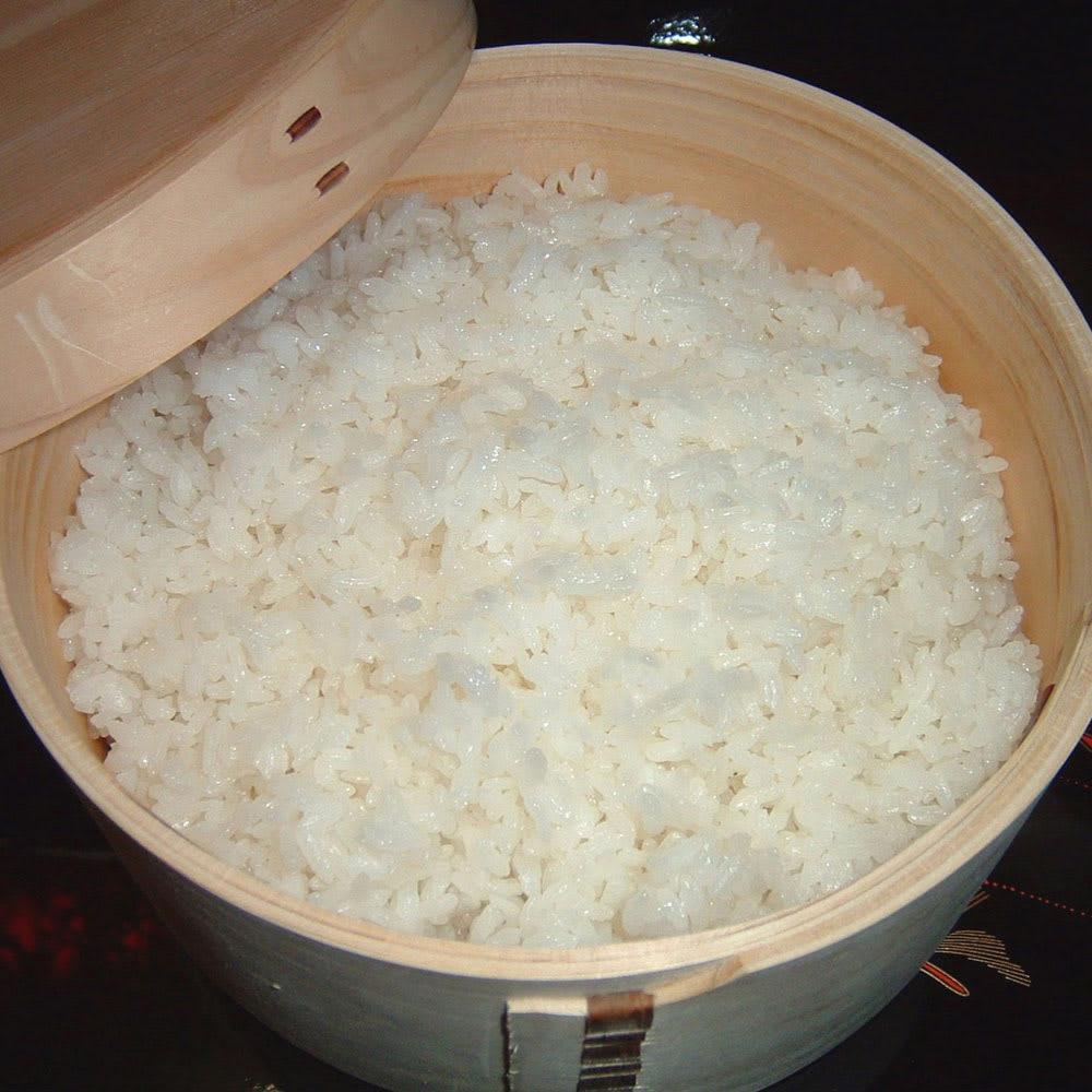 木曽の職人が作る  電子レンジでチンできる 曲げ輪 おひつ 3合 炊き立てのご飯をすぐにおひつに移せば、水分を吸収しべたつかずにふっくらと。