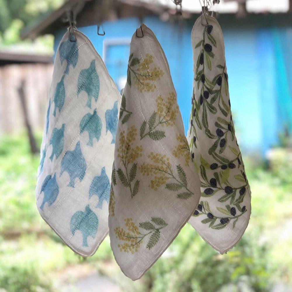 しあわせ重ね蚊帳ふきん 3柄セット 左から 青い鳥、ミモザ、オリーブ