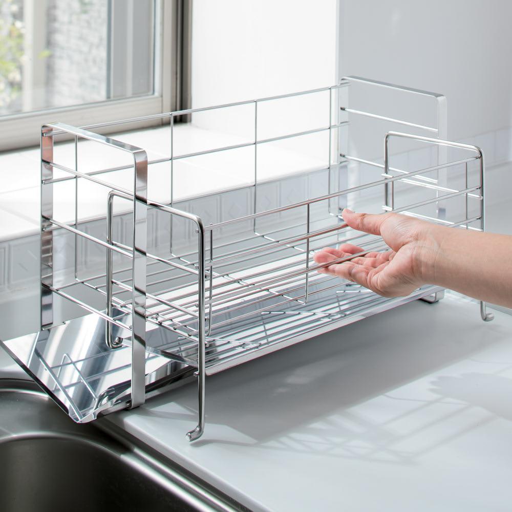 手前が広く使えるスライド水切り レギュラー 前に引き出して収納力UP。