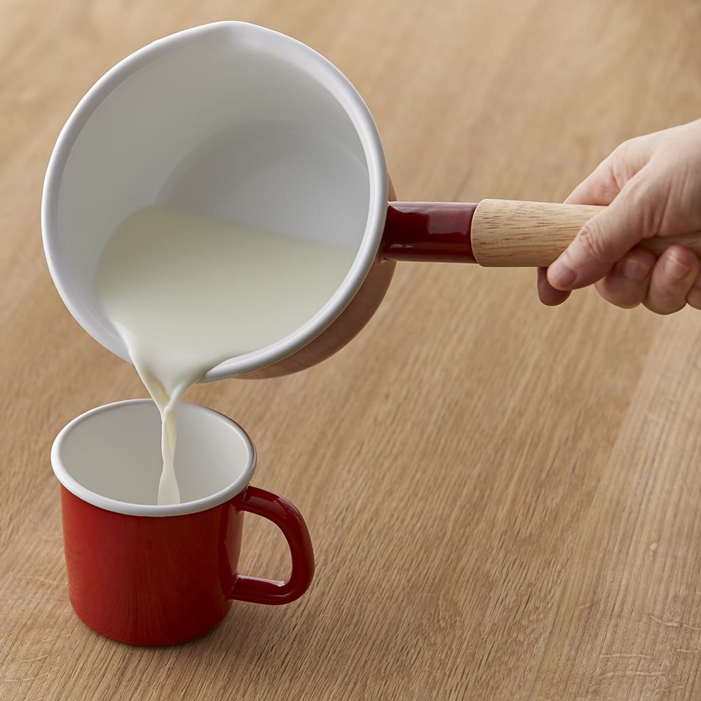 富士ホーロー コットンシリーズ 14cm ホーロー ミルクパン 片手鍋 湯切りの良い、口付き。(赤の販売はありません)