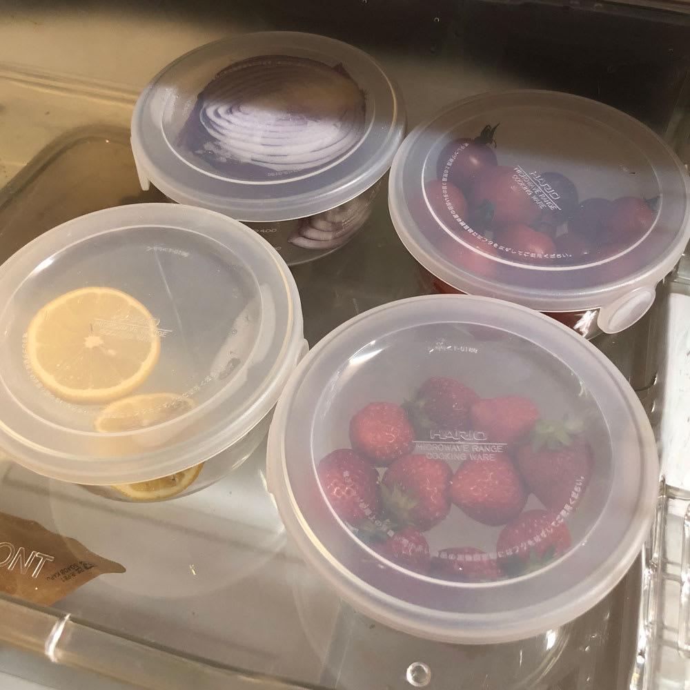 HARIO/ハリオ 耐熱ガラス製保存容器・丸600mL 6個セット 野菜室の引出にも。フタが乳白色なので中身が一目瞭然です。