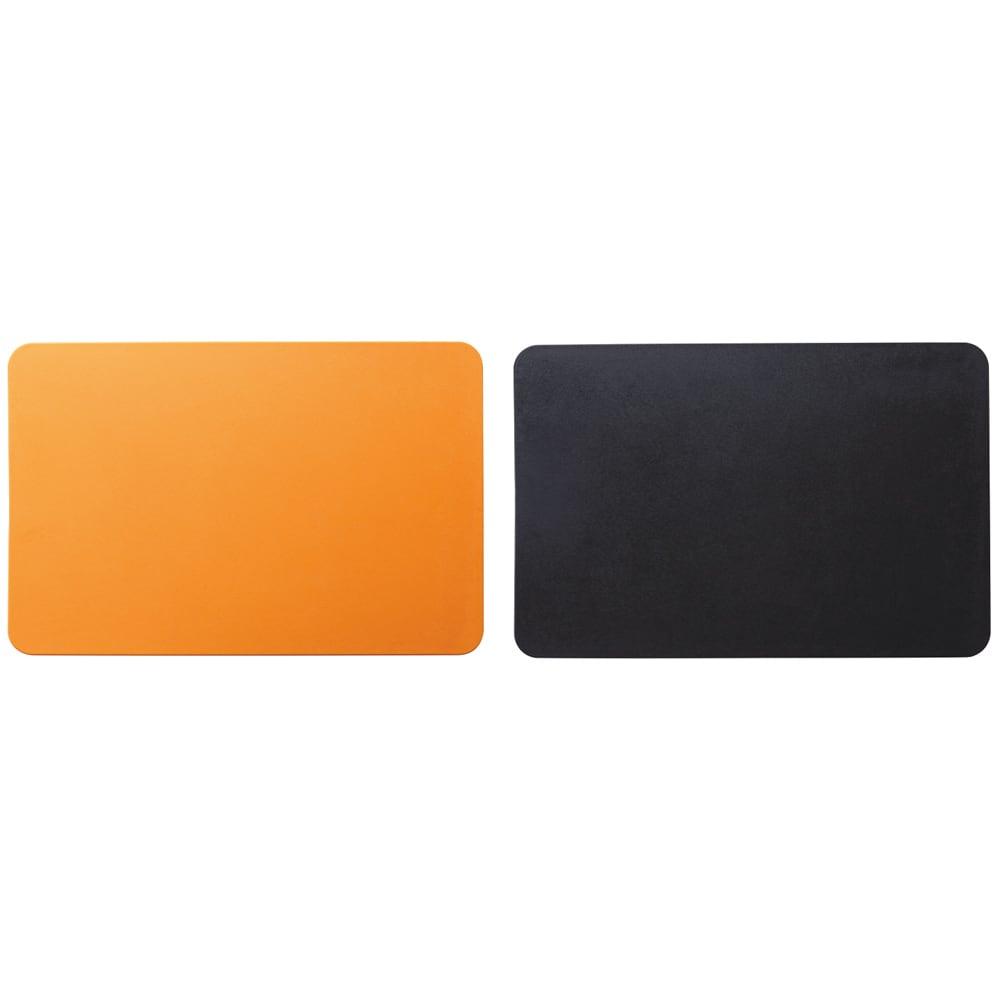 包丁メーカーが作った抗菌まな板 特典なし 2枚組 左から(ア)オレンジ (イ)ブラック