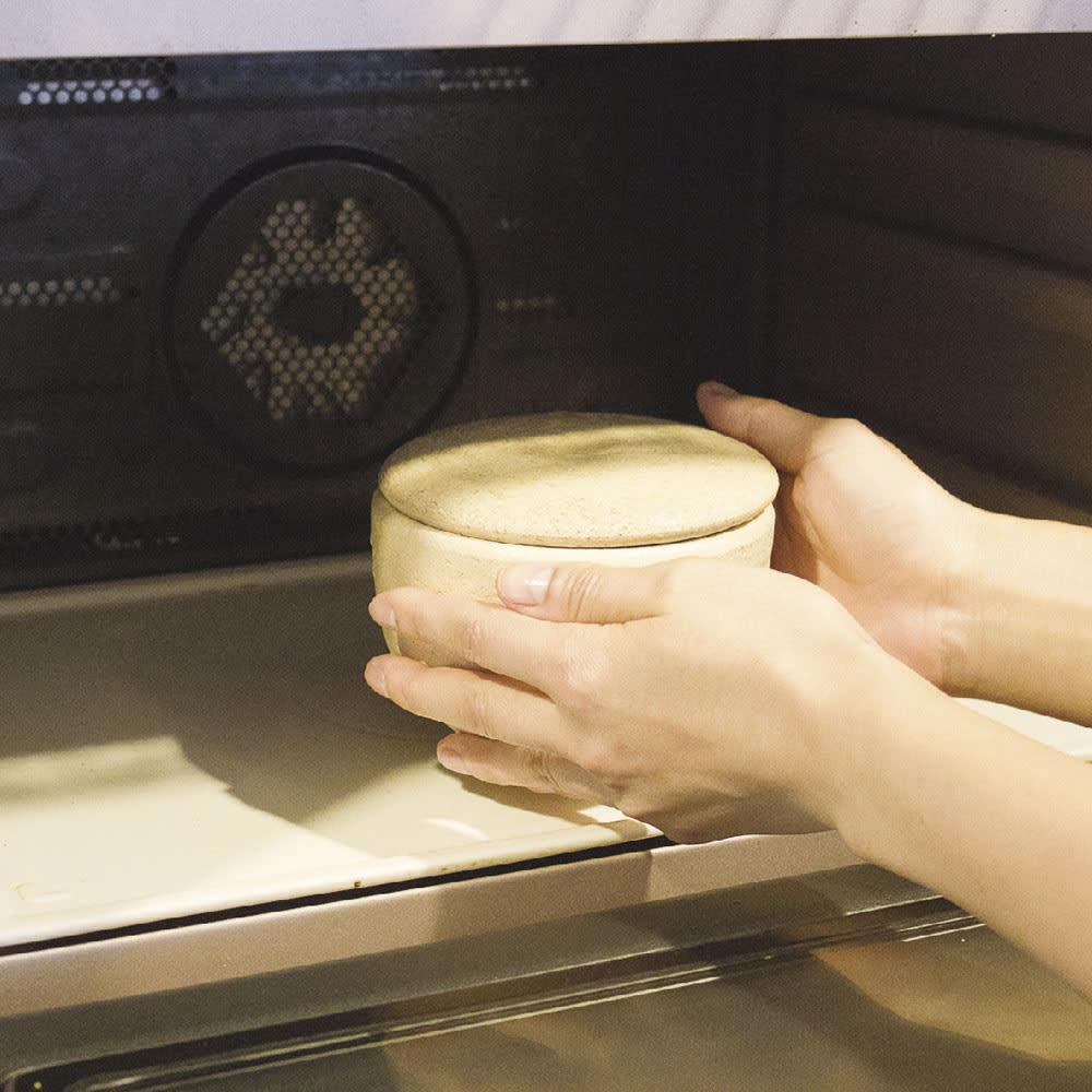 伊賀焼長谷園 陶器のおひつ陶珍 1合用 (4)フタをして、電子レンジで加熱する。