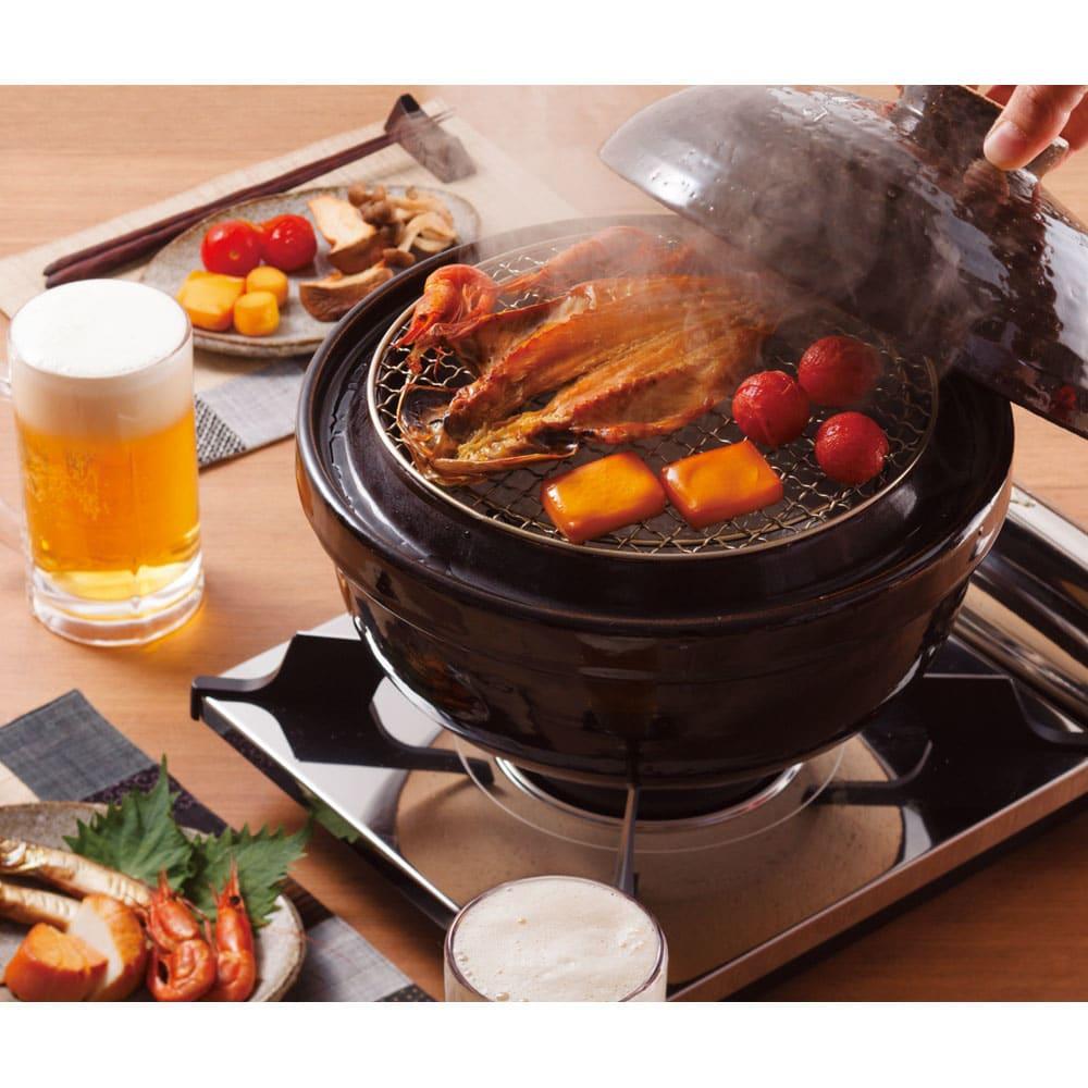 長谷園 いぶしぎん 煙の出ない燻製鍋 大 ブラック 鍋・土鍋