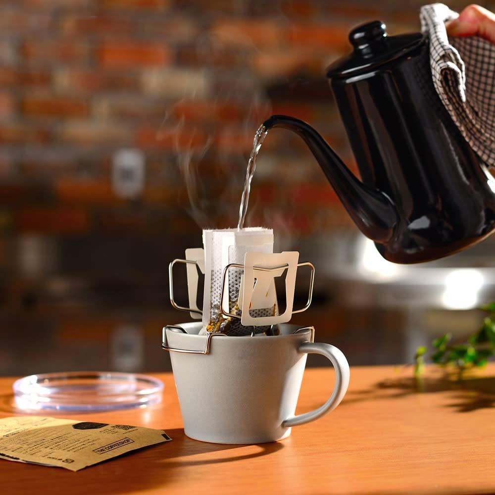 キッチン 家電 鍋 調理器具 コーヒードリッパー コーヒー用品 カップの上でドリップ!コーヒードリップバッグホルダー WX0705