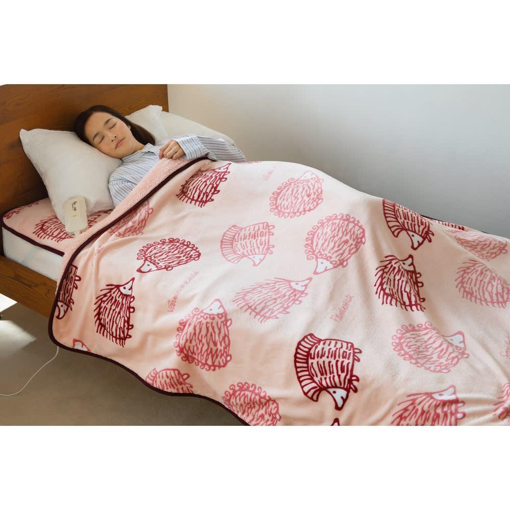 LISA LARSON/リサ・ラーソン電気毛布シリーズ 電気敷き毛布 (イ)ハリネズミ(ピンク) ※画像は掛け敷き毛布です。お届けは敷き毛布となります。