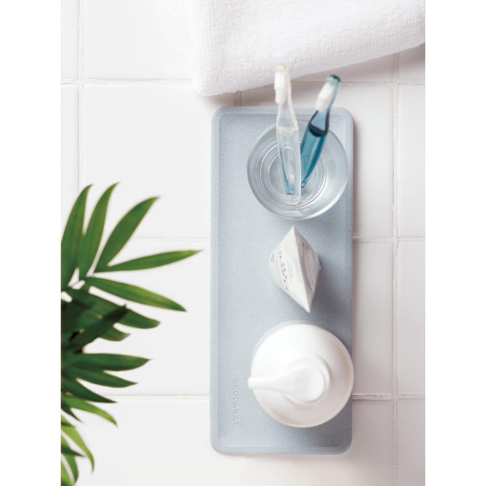 エコカラット 洗面トレー ブルー 使用イメージ