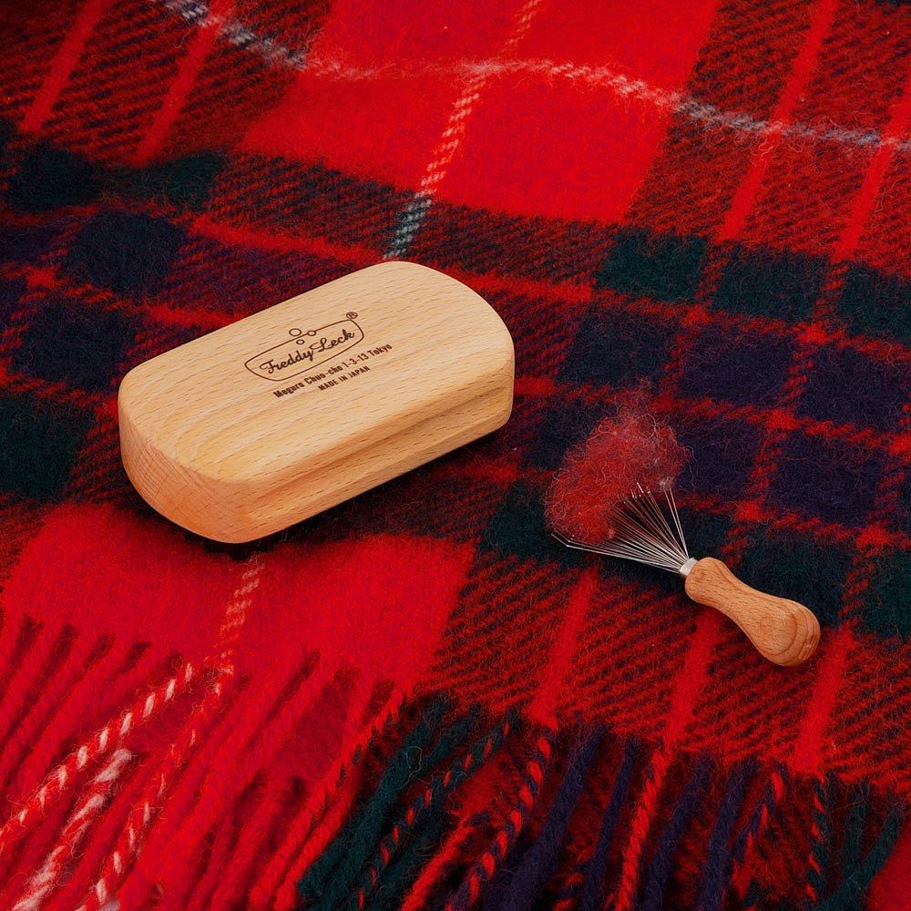 Freddy Leck/フレディレック 毛玉取り用 クロスブラシ ハード マフラーのお手入れに。