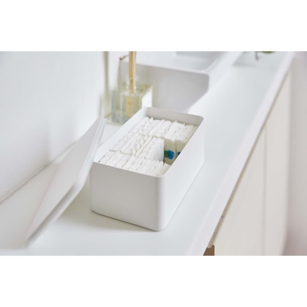 Tower/タワー ウェットシートケース 収納に困るトイレ用の使い捨てブラシの収納にもぴったりです。