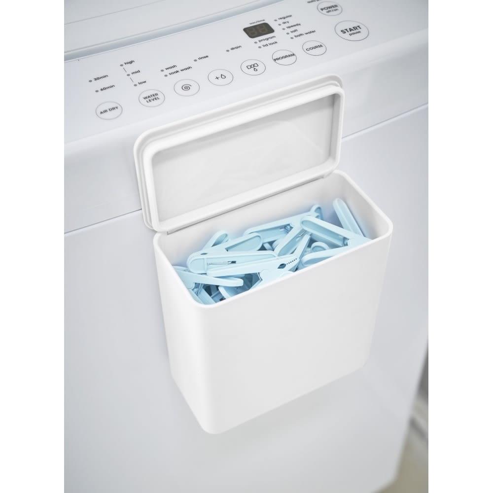 Tower/タワー マグネット洗濯洗剤ボールストッカー こまごました洗濯バサミなどもすっきり。