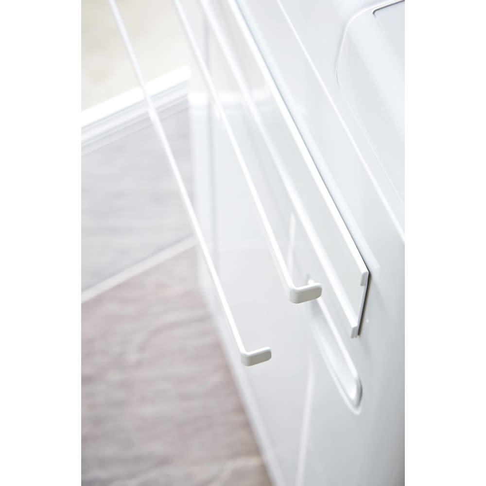 Tower/タワー 洗濯機横 マグネット タオルハンガー2段 マグネットで簡単取り付け。