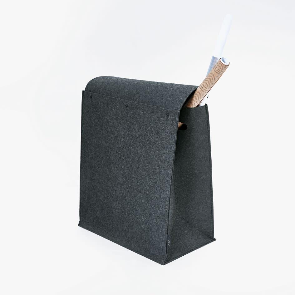 felsto 縦型フェルト リビング収納BOX かぶせるタイプの蓋なので、長いものも収納可能です。