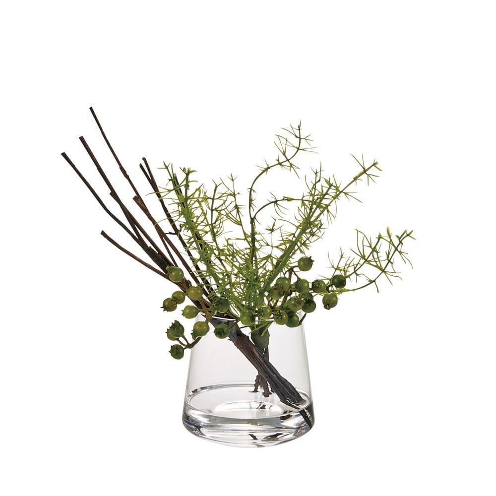 マジックウォーターグラスグリーン 小 「小」 珍しいアスパラガスの葉が華やかなアレンジメントです。