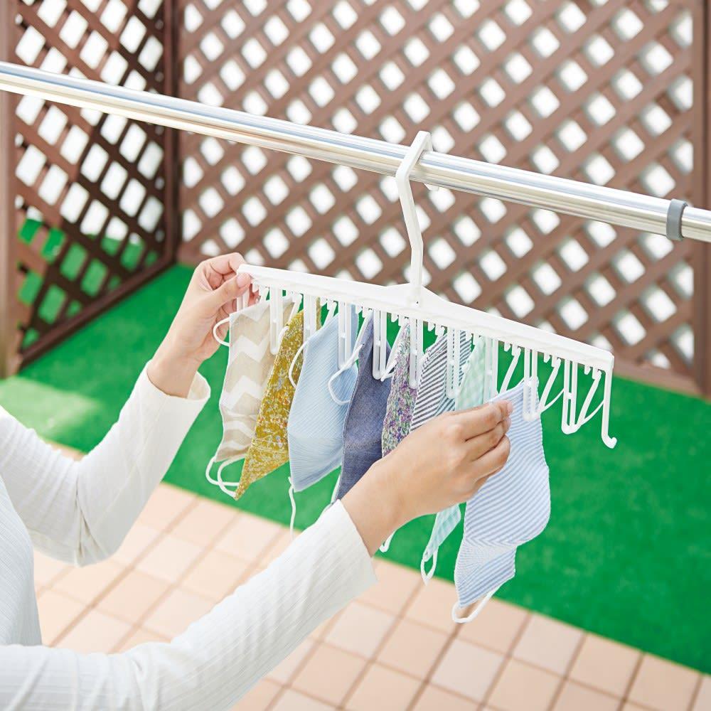 どこでも早干しハンガークイクリップ2本組 下から差し込むだけで洗濯物を干せます。