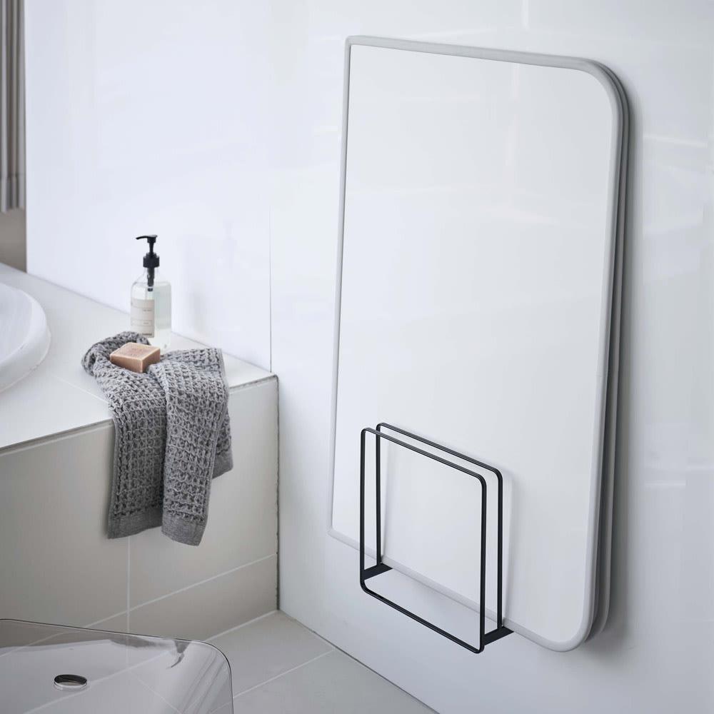 Tower/タワー 乾きやすいマグネット風呂蓋スタンド ホワイト お風呂グッズ・バス用品