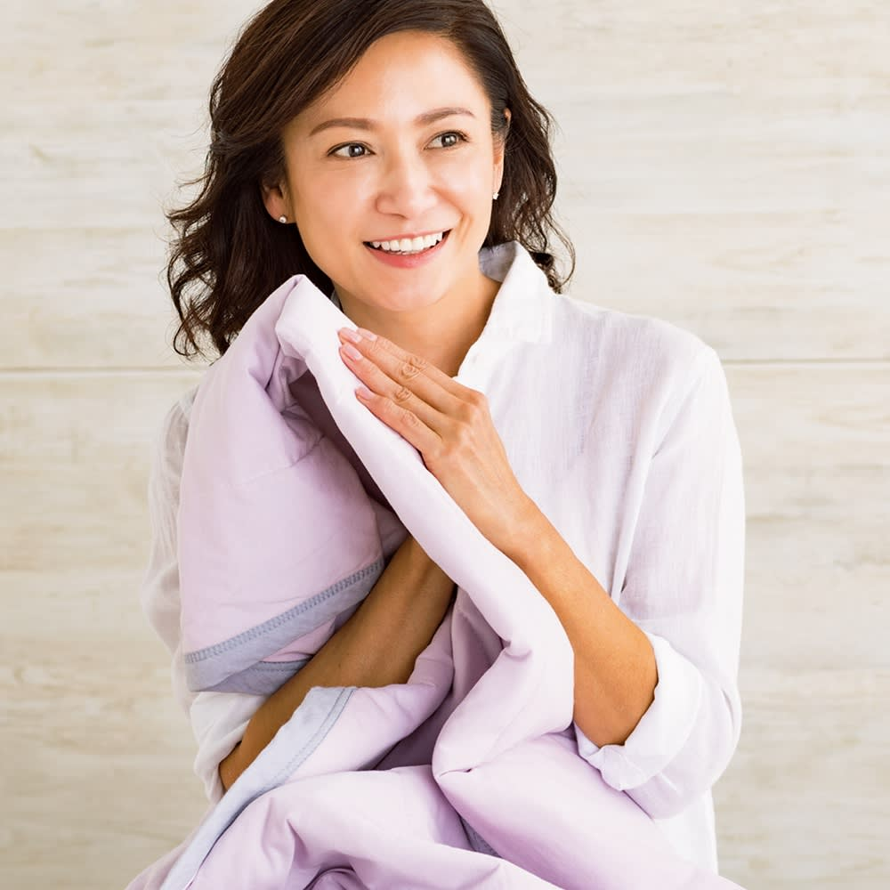 西川×ディノス クールコットン寝具シリーズ 肌掛けケット シングル (イ)ラベンダー 「夏に気持ちいいサラッとした肌ざわり。天然素材で冷感を味わえるなんてうれしいですよね。冷たすぎないところもいいんです。」