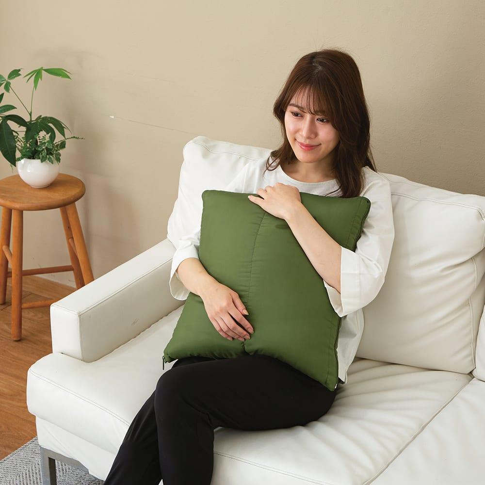クッション型多機能寝袋SONAENO 普段はクッションとして使えるので収納いらず!邪魔にならず、いざという時は持ち運びラクラク