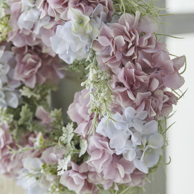 アジサイのリース 人気の花材アジサイもアーティフィシャルフラワーで長く楽しめます