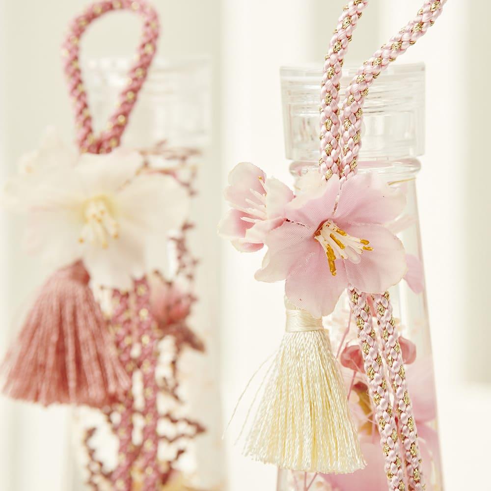 桜のハーバリウム モチーフも可愛らしく春ムードを盛り上げます