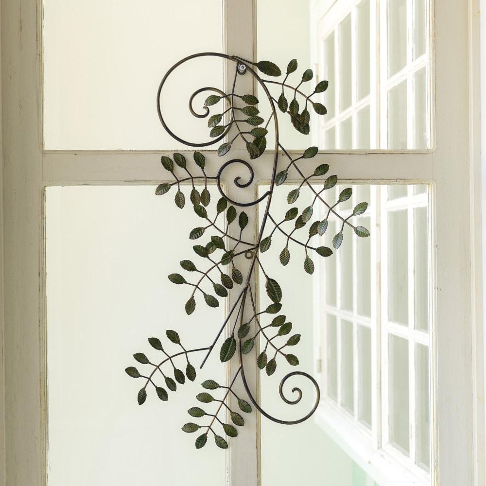グリーンフラワーのアイアンフレーム 花材を外すとアイアンスワッグだけでもお楽しみいただけます