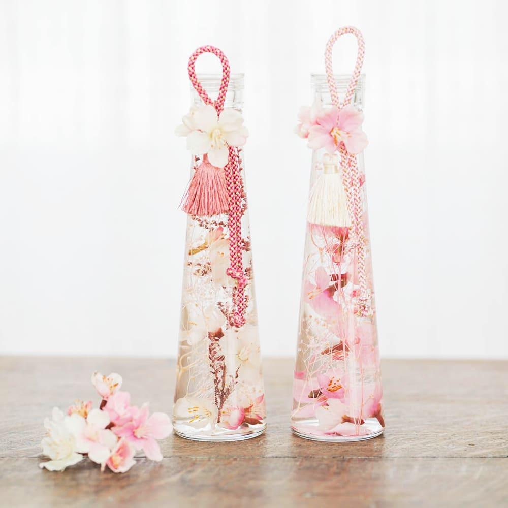 桜のハーバリウム 桜モチーフが華やかな季節感のあるハーバリウムです!左:ア)クリームピンク系 桜 右:イ)ピンク系 しだれ桜