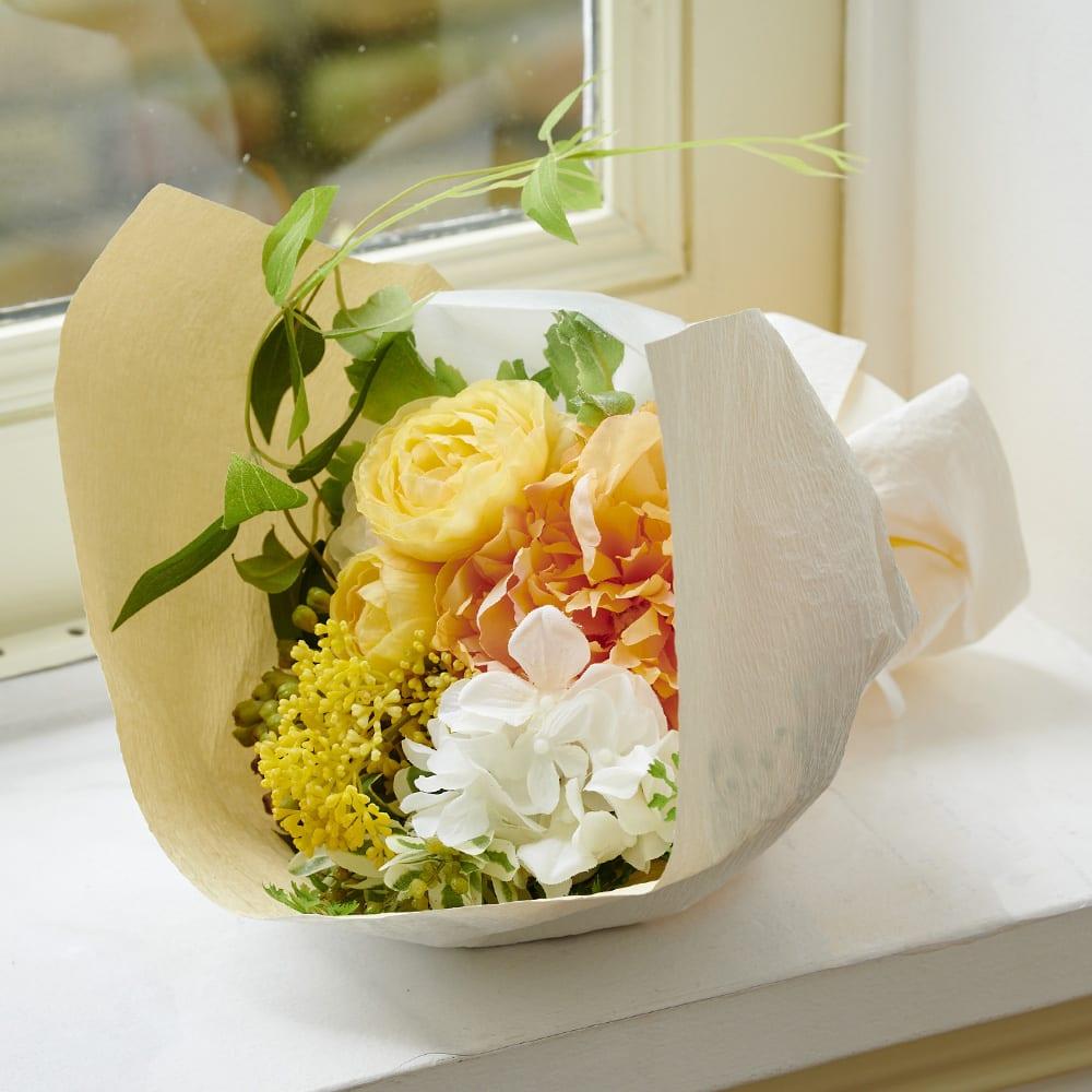 PRIMAメルシーブーケ イエローオレンジ系 爽やかなイエローオレンジ系のアーティフィシャルフラワーを使った花束