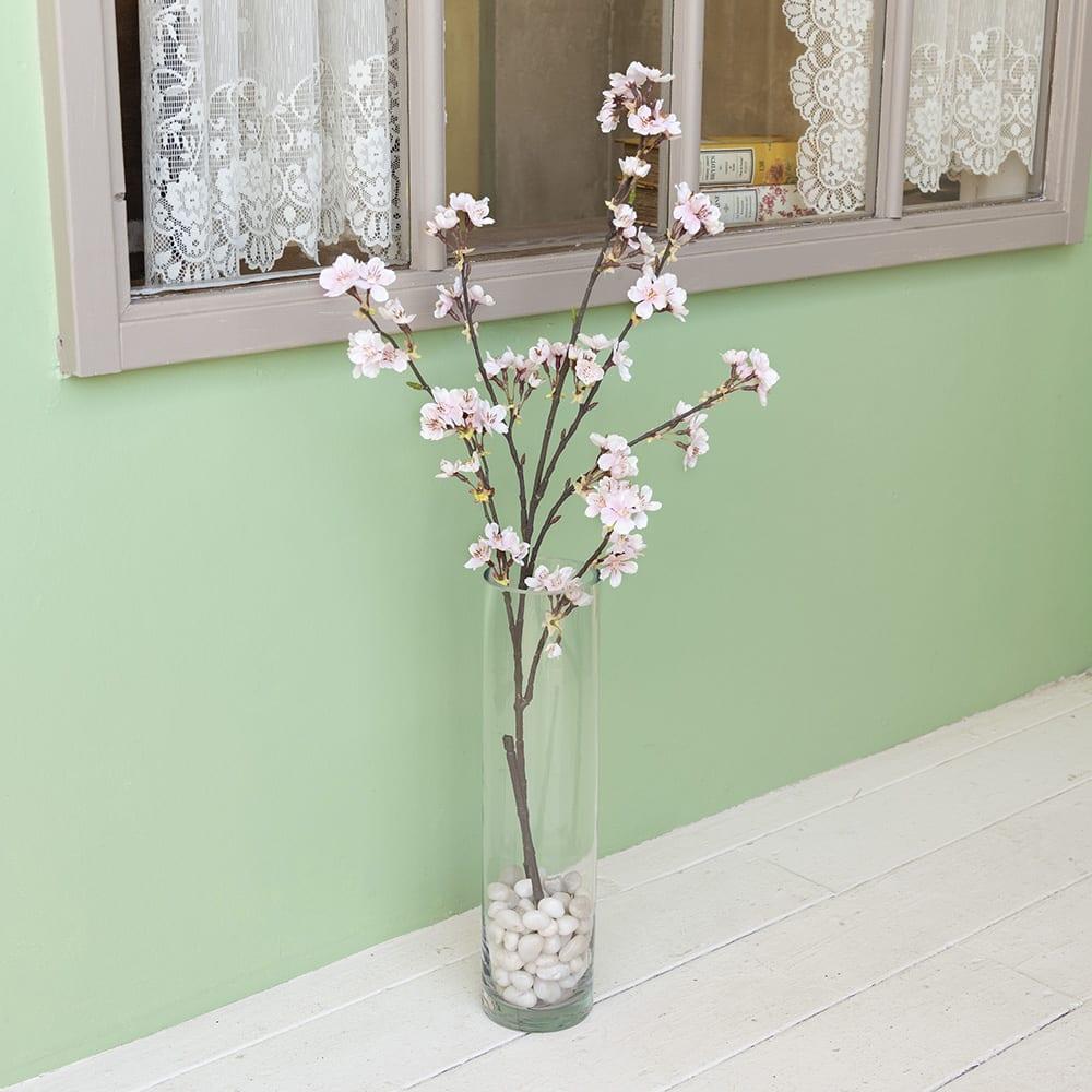 アーティフィシャルフラワー桜と花瓶のセッ アーティフィシャルフラワーの桜。そのまま飾れる花瓶つき