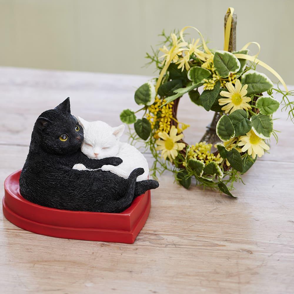 ハートフルキャット&ミニリースセット 愛らしい猫の置物とミニリースのギフトセット