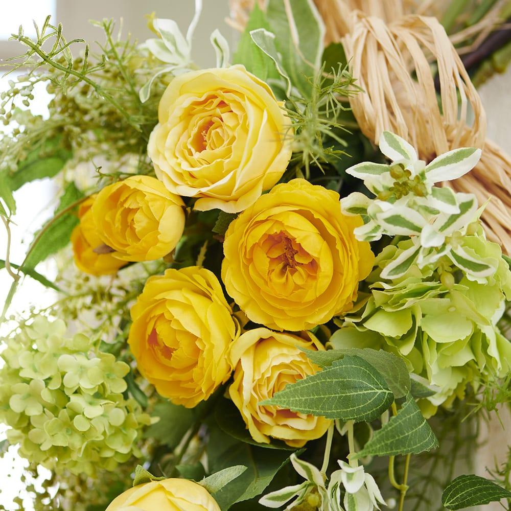 イエローローズのスワッグ 可憐なカップ咲きのバラのアーティフィシャルフラワーです