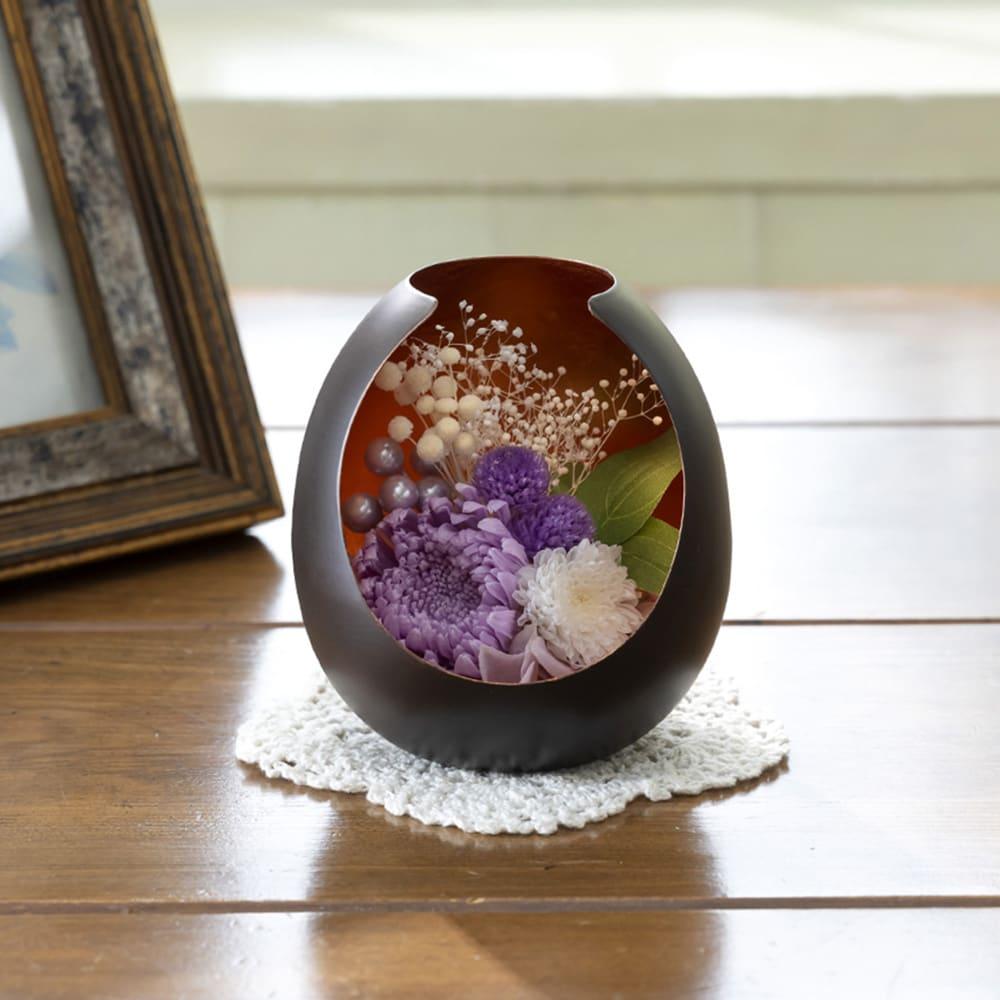 プリザーブドフラワー供花 はなあかり 大輪のマムでエレガントなプリザーブドアレンジ