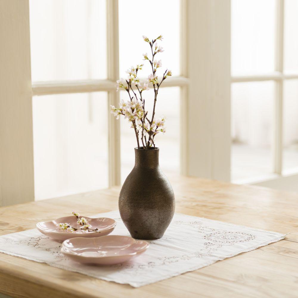 山形からの春便り啓翁桜8本(ミドル) 枝でのお届けですので少しずつ切って玄関や食卓など分けて飾っても!