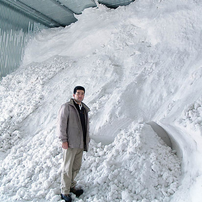魚沼こしひかりギフト 出産内祝い3個セット(出産内祝い命名パック) 雪の自然の冷熱を利用し、庫内を5度以下に保ちます。