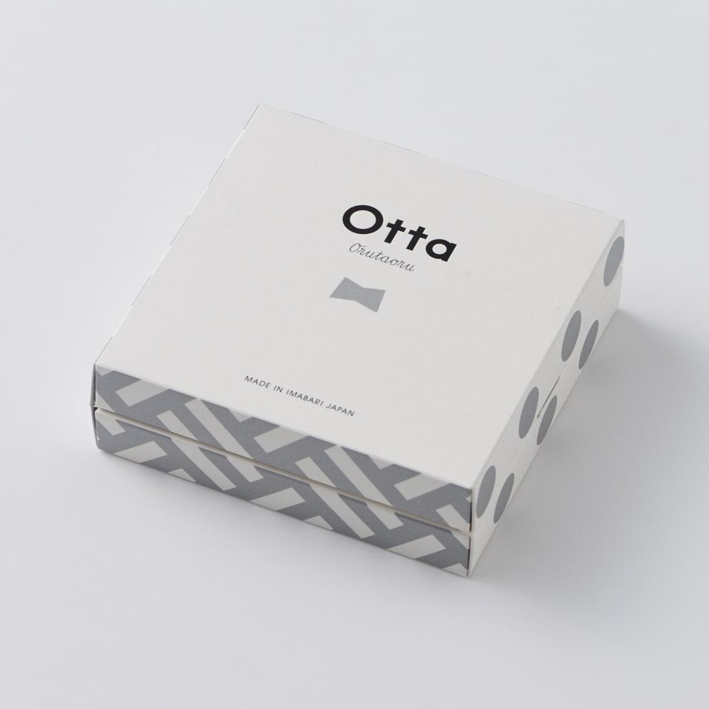 【今治産】Otta(オッタ)ハーフタオルハンカチ 同柄3枚組ギフトセット ギフトボックス入りでお届けします。