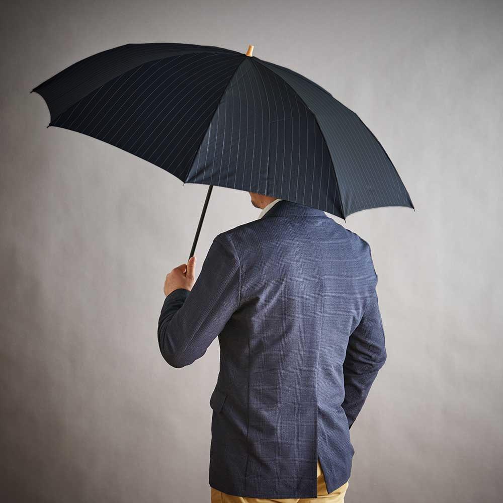 前原光榮商店 ストライプ柄 折りたたみ傘 【使用例】(ア)ネイビー