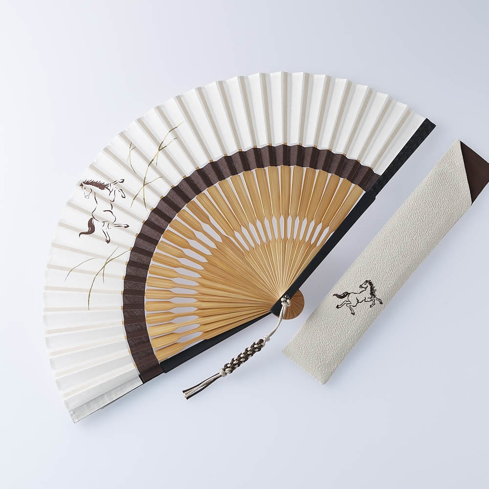 [メンズ]白竹堂 えんぎもの扇子 木箱入り (ウ)左馬(ひだりうま)