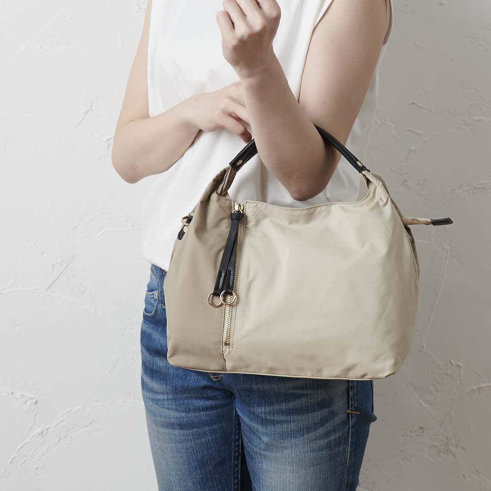 BASARA TYO/バサラ ファビオ はっ水軽量2WAYバッグ (ア)ベージュ ハンドバッグとして。