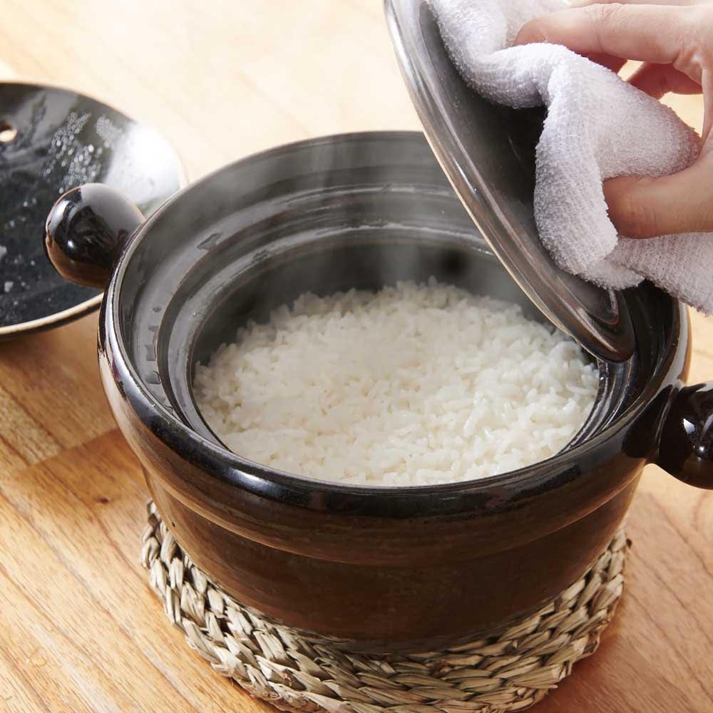 弥生陶園/萬古焼ごはん炊き土鍋 (2.5合炊き) 火加減いらずでふっくらツヤツヤのおいしいご飯が!