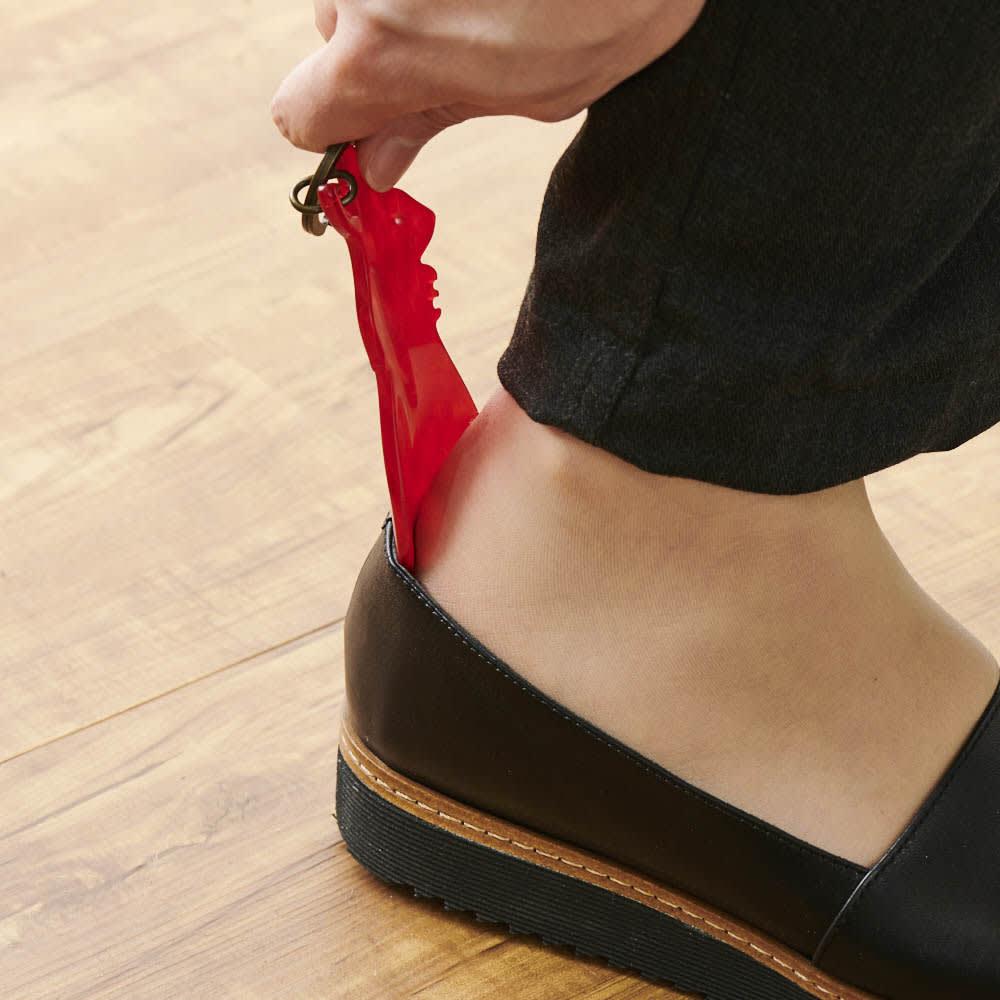 KISSO/キッソオ 靴ベラキーホルダー レッド 靴ベラになります。