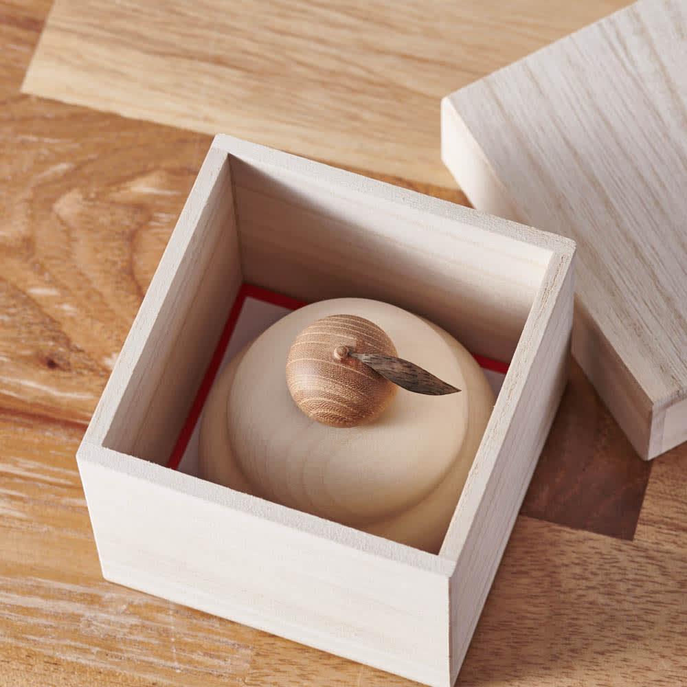 無垢の白木のミニ鏡餅