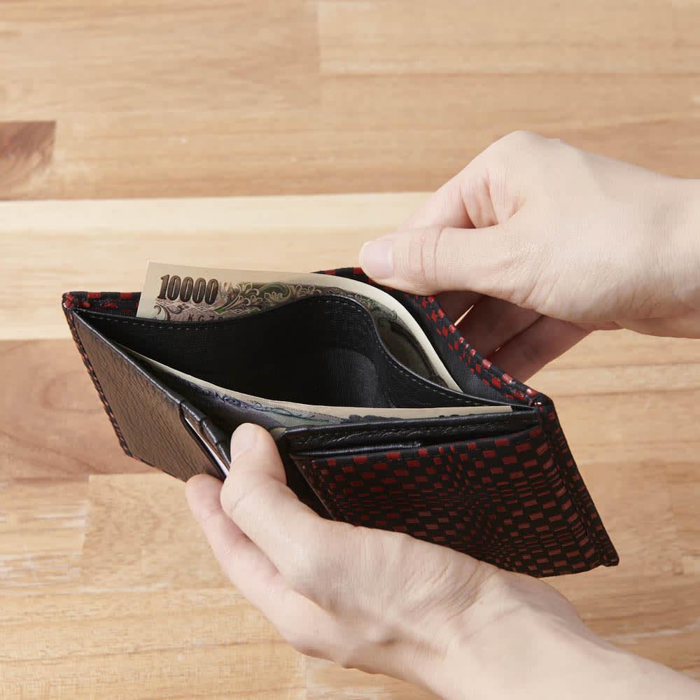 印伝さいふ ミニ財布 仕分けたっぷり。