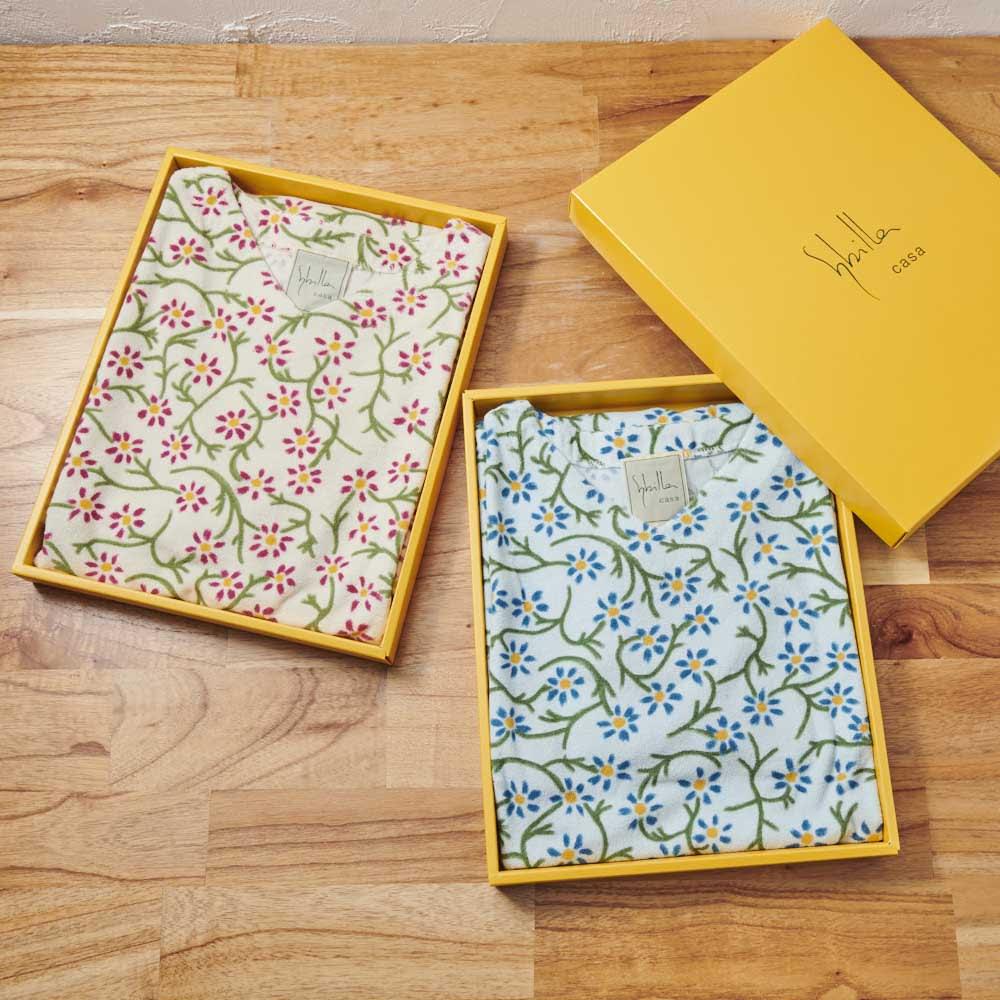 シビラ フラワー タオルドレス(ルームウェア) M/L ブルー・アイボリー BOX入り パッケージ入りでプレゼントにもおすすめ。