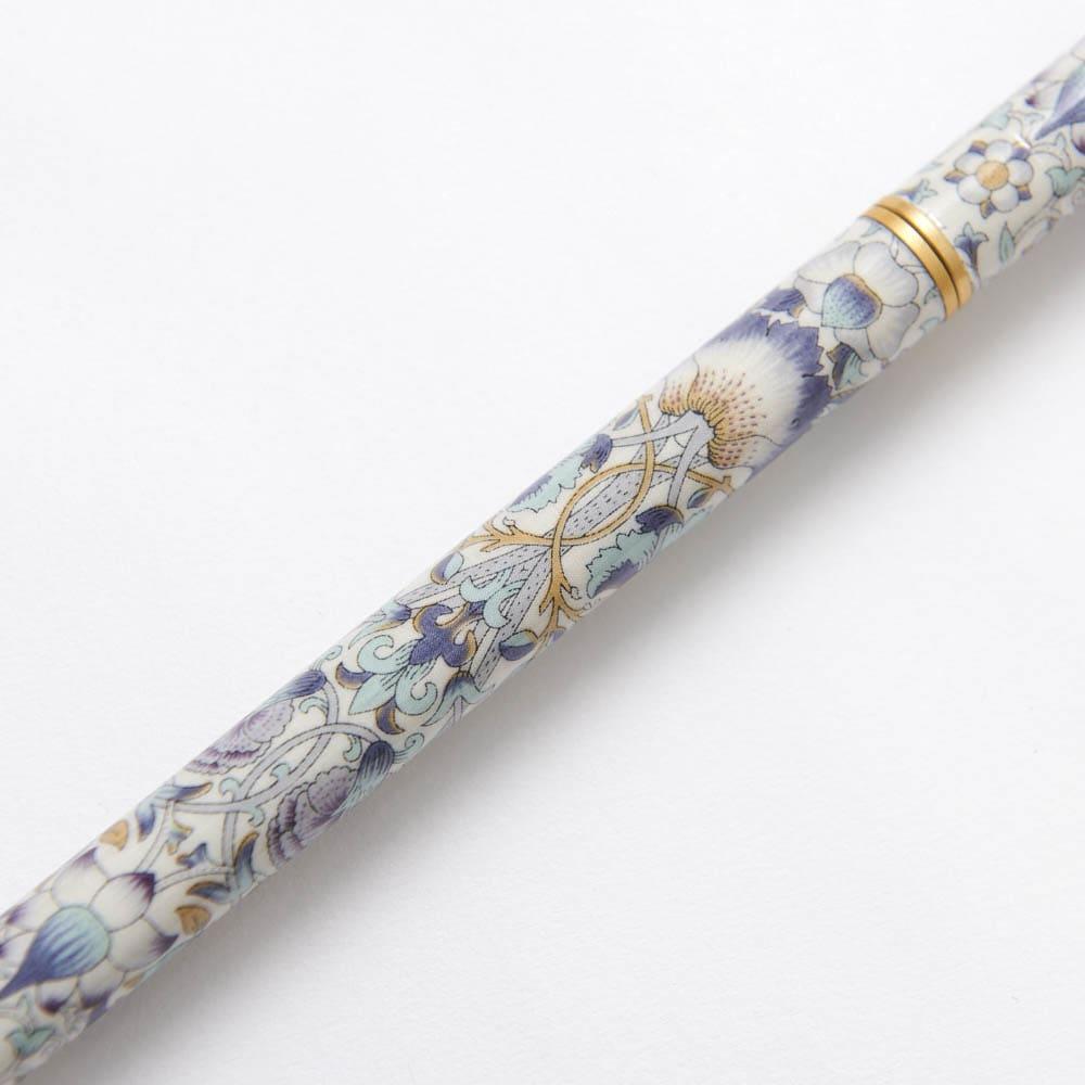 ウィリアム・モリス 日本製 握りやすい簡単折りたたみステッキ (イ)ブラウン系 美しいウィリアムモリスのロデン柄。