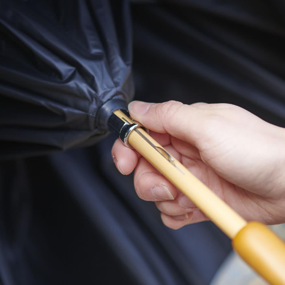 女優日傘 花鳥刺繍 長日傘 手でスライドさせる、手動式開閉です。