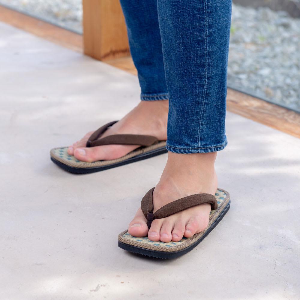 大和工房雪駄 メンズ 国産い草 サンダル (イ)ブラウン ぬぎ履きしやすく、さっと買い物にい行くのにもおしゃれで便利。