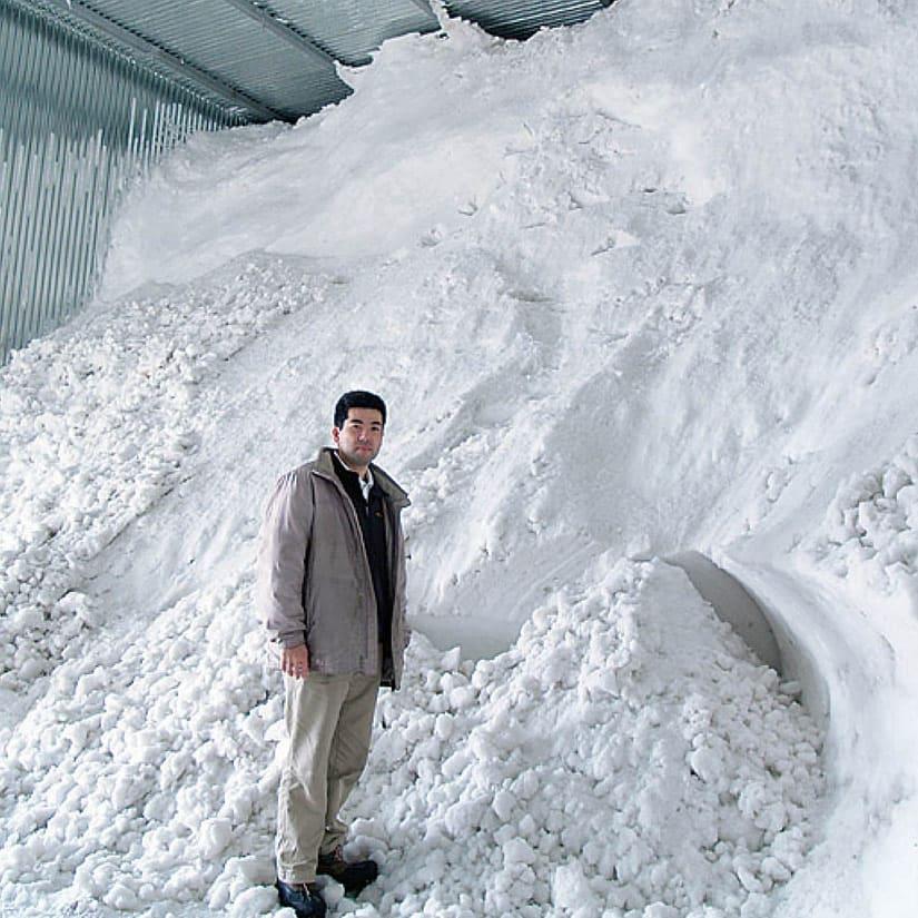 【お中元8月お届け】氷温熟成 魚沼産こしひかり ギフト9個セット 雪の自然の冷熱を利用し、庫内を5度以下に保ちます。